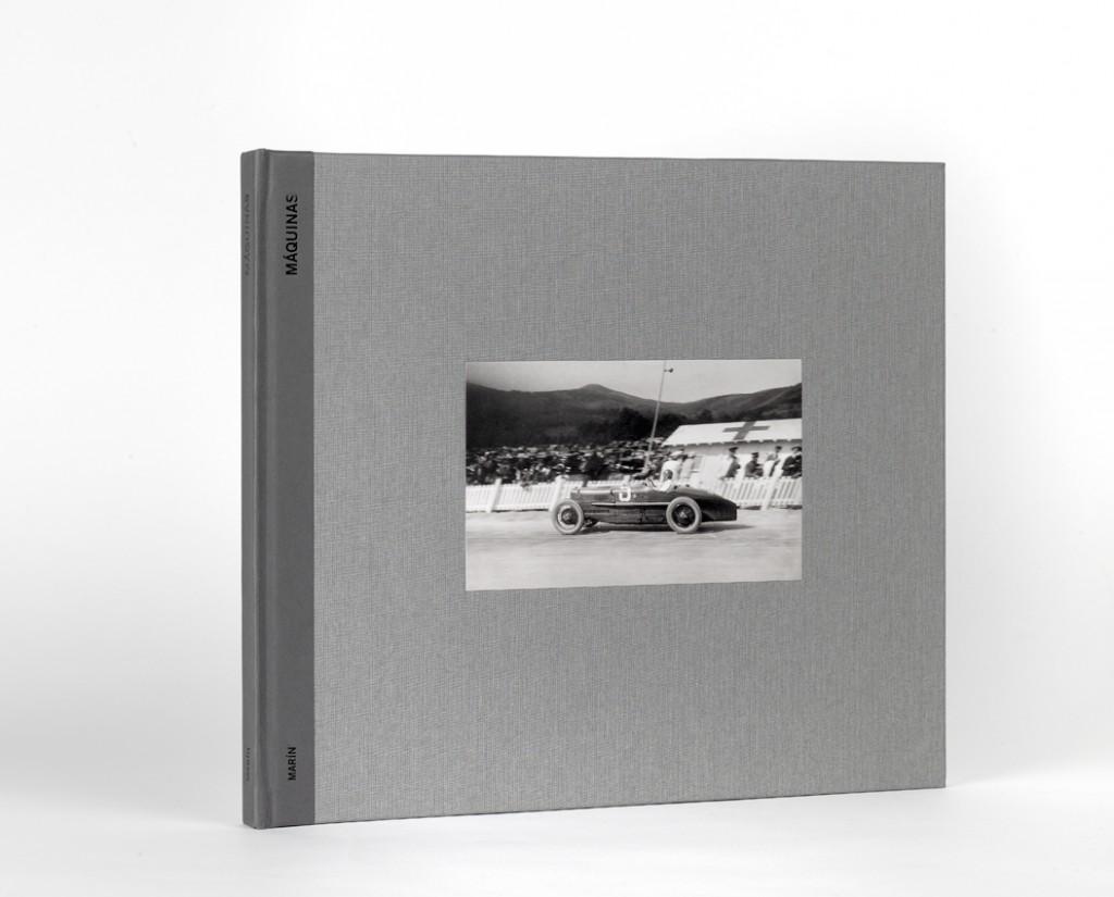 """Las """"Máquinas"""", de Luis Ramón Marín, Premio PHotoEspaña al mejor libro de fotografía nacional editado en 2011."""