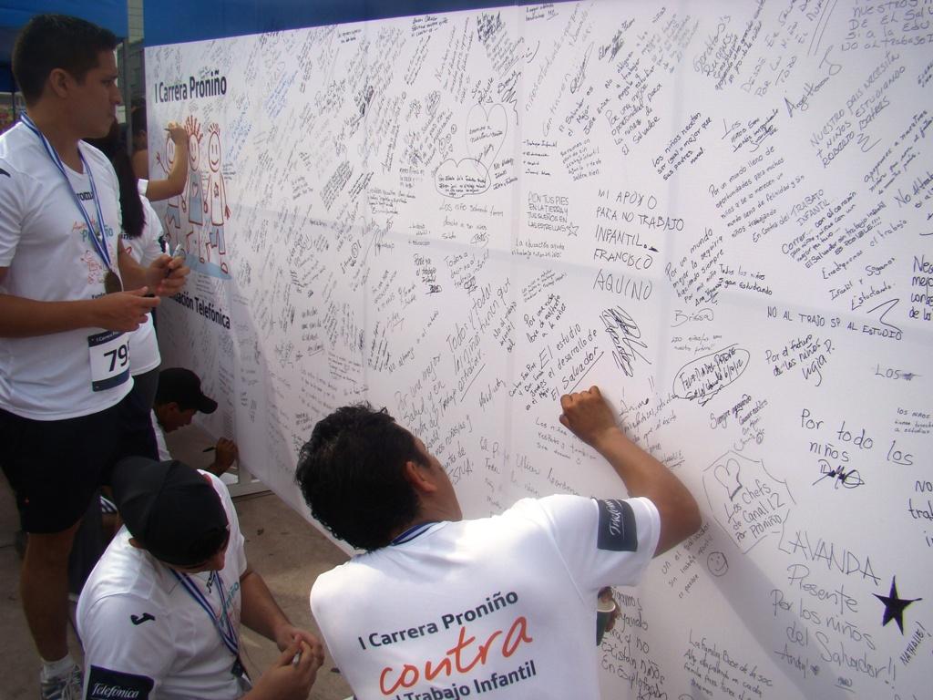 La carrera se convirtió así en una muestra de apoyo a Proniño, el programa contra la erradicación de trabajo infantil que Fundación Telefónica  ejecuta en Latinoamérica.