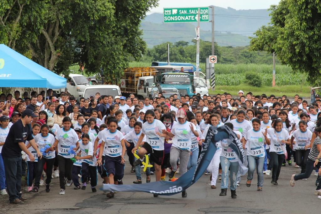 Fundación Telefónica realizó en El Salvador la primera carrera contra el trabajo infantil en Sansonate