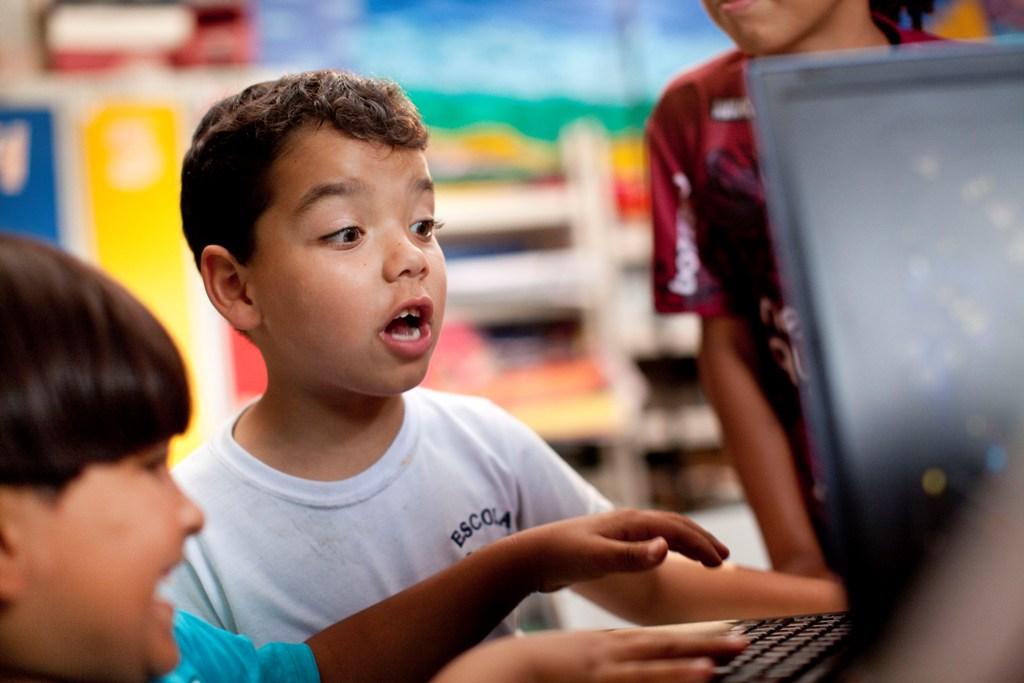 ¿Cuál debe ser el papel de las tecnologías en la educación?