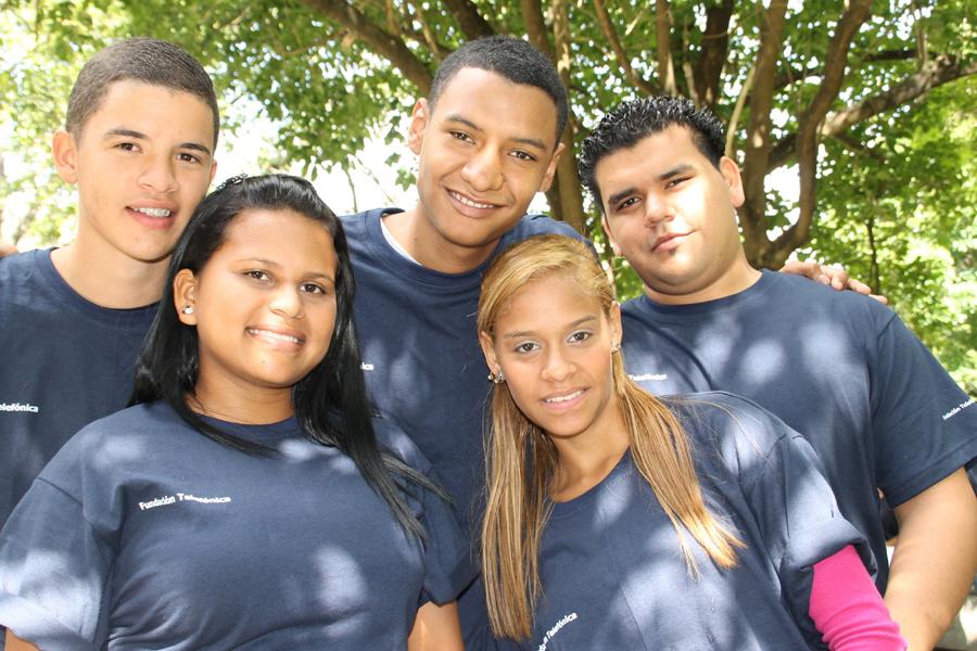 Alrededor de 70 adolescentes pertenecientes a la Red de Jóvenes Fundación Telefónica de Caracas y Falcón, se reunieron en las instalaciones de la UCAB con el fin de reforzar valores como la constancia y el trabajo en equipo.