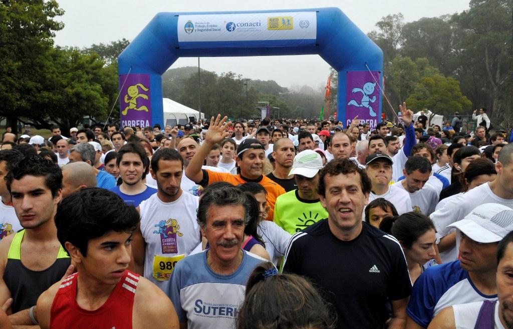 La prueba contó con la participación de más de 1500 corredores en los bosques de Palermo.