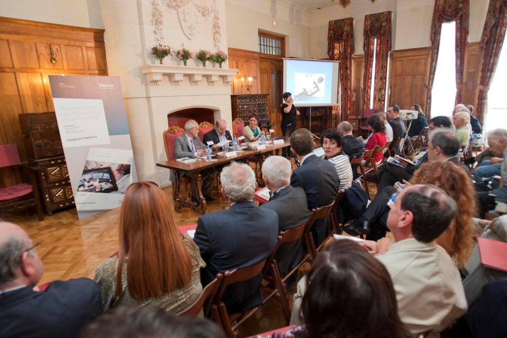 """El estudio """"El periodista en la encrucijada"""" ha sido presentado en el Palacio de la Magdalena de Santander, en el transcurso del XXVI Encuentro de las Telecomunicaciones."""