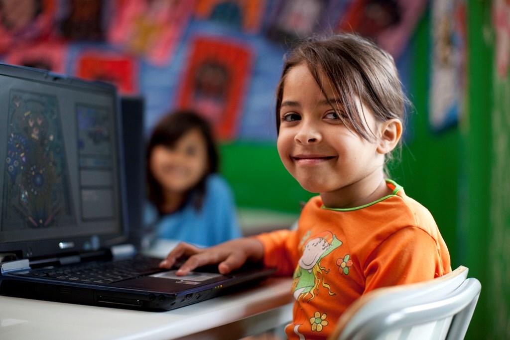 Fundación Telefónica te invita, un año más, a participar del proyecto Escuelas Amigas, un proyecto de intercambio cultural entre escolares de España y de Latinoamérica.