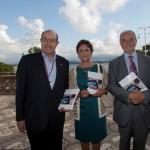 De izquierda a derecha, Salvador Ordóñez, rector de la UIMP; Mª Pilar Diezhandino, coordinadora del volumen y Javier Nadal, vicepresidente ejecutivo de Fundación Telefónica.