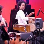 Masterclass de jazz latino: toca los tambores con Yuvisney Aguilar .