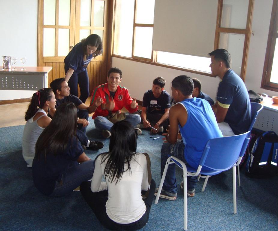 Cada uno de los talleres que han recibido están diseñados para aprender de una forma dinámica y práctica,  bajo  un espacio de integración entre la  gran red de Jóvenes que ha creado Fundación Telefónica Venezuela.