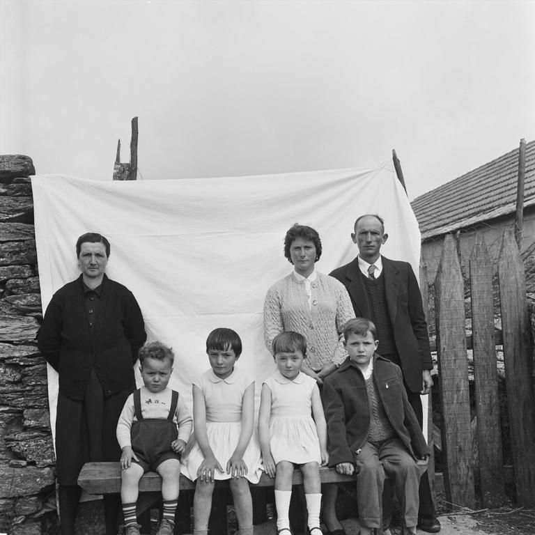 Familia de Luisa Iglesias y Sara de Arnelas, 1962.