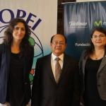 La presentación del proyecto contó con la presencia de representantes de las instituciones implicadas en el mismo. En nombre de Fundación Telefónica participó María Augusta Proaño, directora ejecutiva Fundación Telefónica Ecuador  (primera por la izquierda).