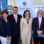 Vicky Riaño, Directora Regional de Fundación Telefónica para Centroamérica (segunda por la izquierda) junto a Olman Segura Bonilla, Ministro de Trabajo y Seguridad Social (tercero por la izquierda) y el resto de autoridades y personalidades presentes en el evento de lanzamiento de las actividades de Fundación Telefónica en Costa Rica.