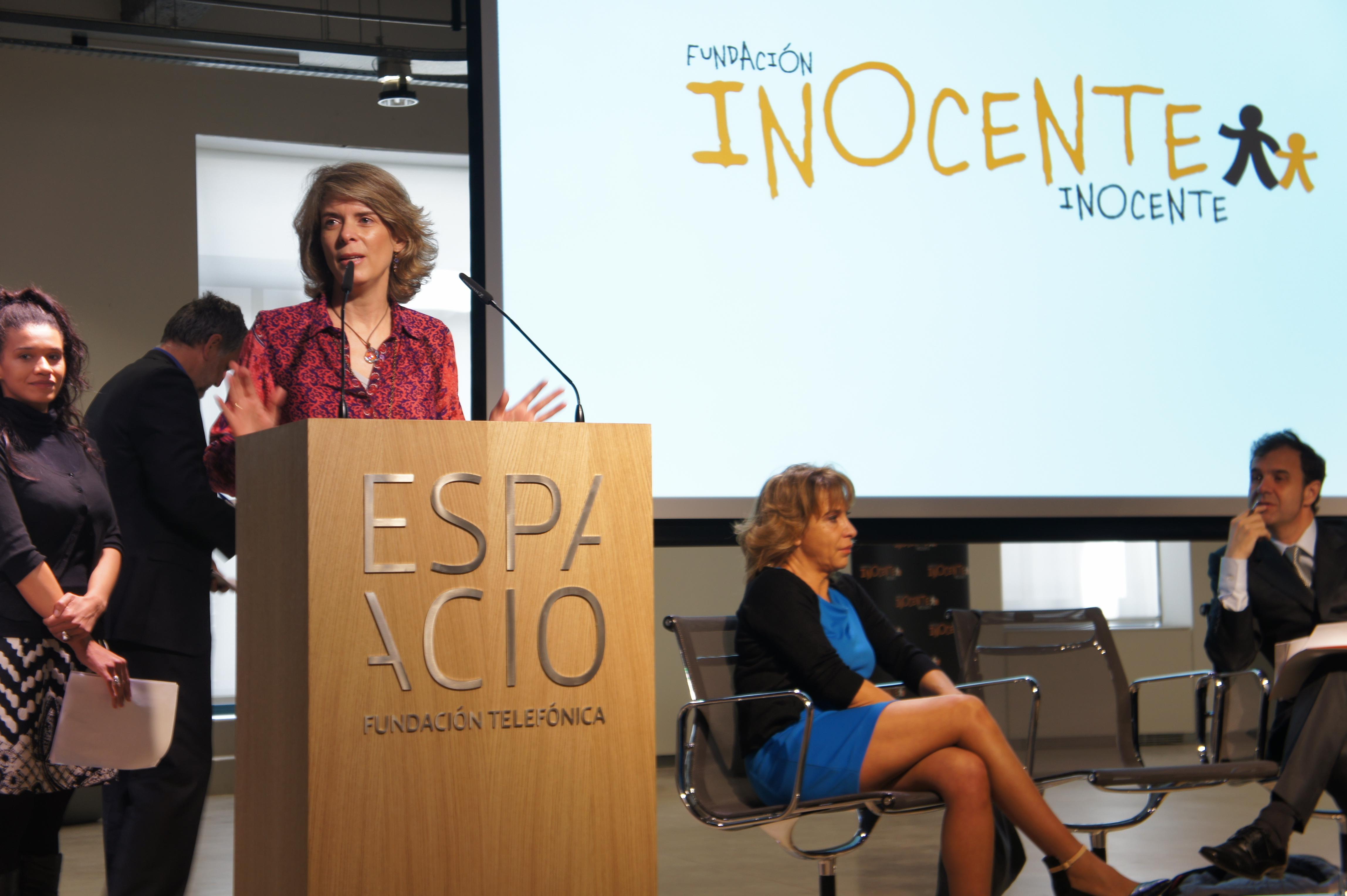 Marián Juste, directora de Voluntarios telefónica, durante su intervención en el acto.