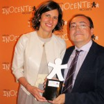 Elena Valderrábano junto a José Felix Dones, responsable de Voluntarios Telefónica España.