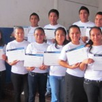 Fundación Telefónica ha desarrollado cursos de ofimática dirigidos a los estudiantes egresados de Proniño que continúan participando en sus actividades para jóvenes.