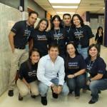 El presidente de Telefónica en Venezuela, Pedro Cortez, junto a los Voluntarios Telefónica que le acompañaron en la visita.