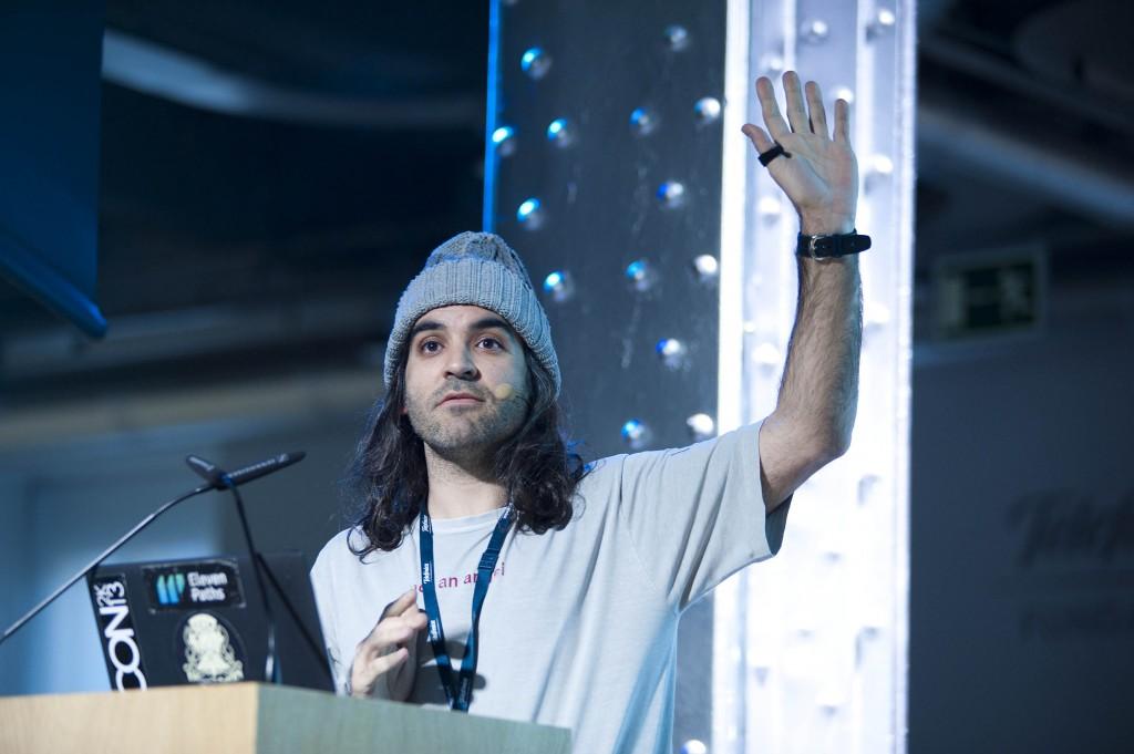 Chema Alonso, CEO de Eleven Paths, empresa filial de Telefónica Digital, durante su intervención