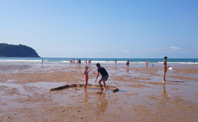 """""""Disfrutamos de la playa, jugamos con las olas y la arena, cosas que parecen sencillas pero que para ellos en ocasiones fueron todo un reto."""""""