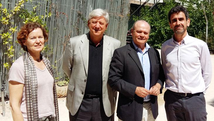 De izquierda a derecha: Elisa Navas, secretaria de la ILE, José García Velasco, presidente de la ILE, Carlos Wert, patrono de la ILE y Javier Casado, gerente de Innovación Educativa Fundación Telefónica.