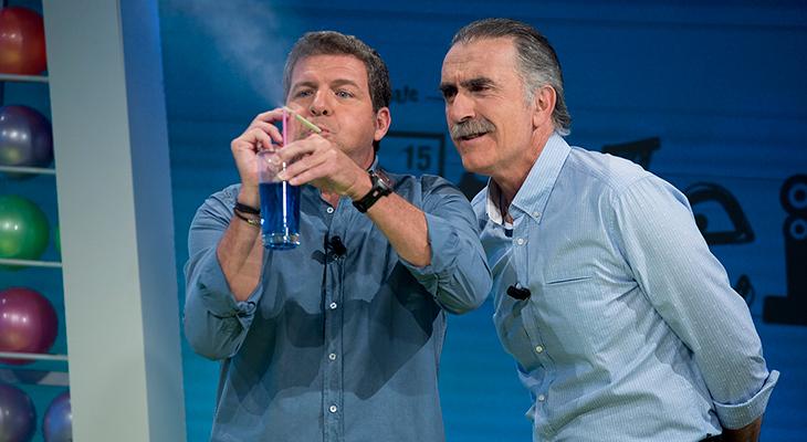 Mario Picazo y Juan Y Medio