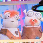 Tikis y Mikis son dos peculiares extraterrestres que, junto a los niños, comentarán las propuestas innovadoras de los maestros