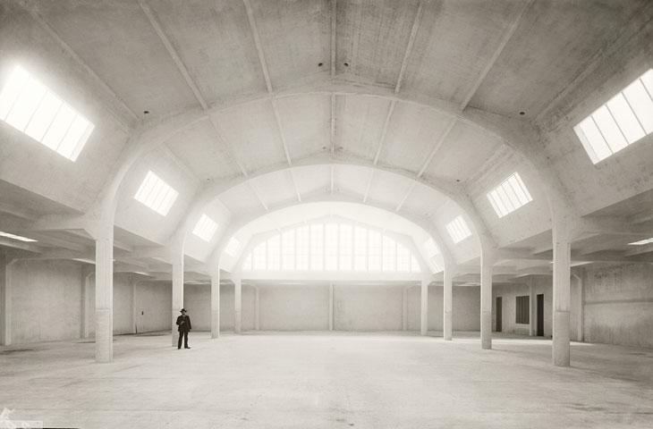 Taller de fotograbado de la empresa Unión de Fotograbadores, S.A. Barcelona hacia 1916. © Brangulí / ANC, 2016 Imagen cortesía Fundación Telefónica
