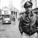 Harrison Ford en el rodaje de Hanover Street Londres 1979/ ©Terry O'Neill