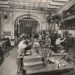 Claret, 1925. Lección en los talleres, Barcelona
