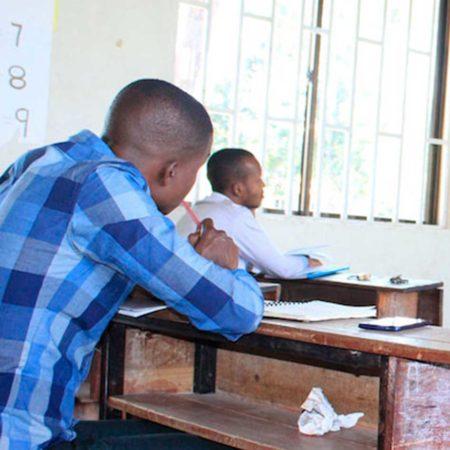 ProFuturo: formación para 15.000 docentes en África