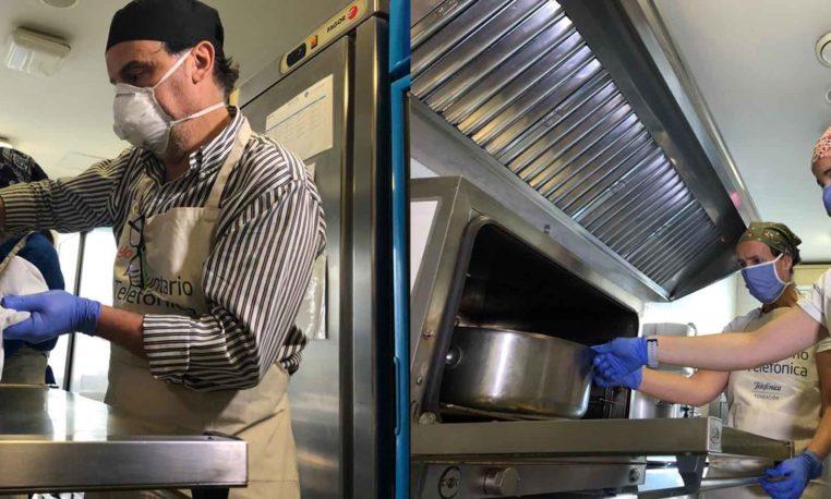 Chefs solidarios para familias vulnerables