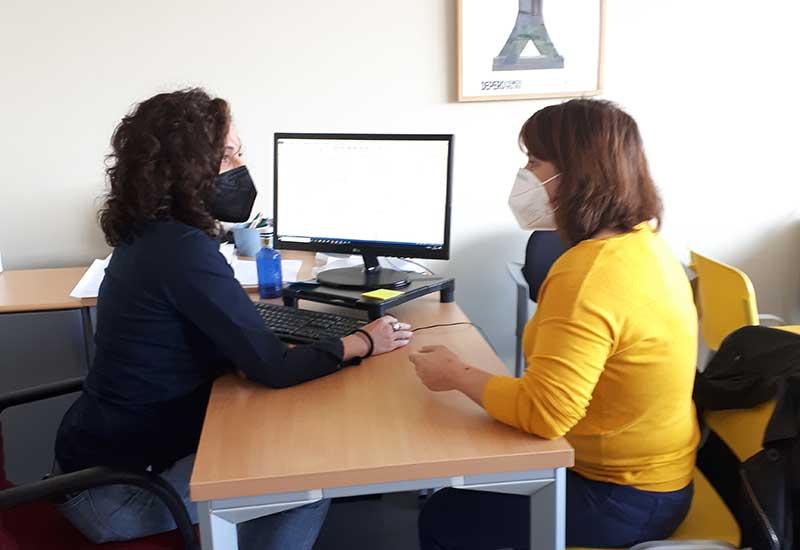 Dorina durante el curso 'Programación Web'